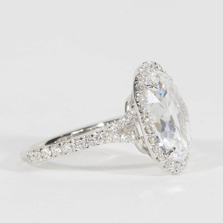 Oval Diamond Engagement Ring GIA Certified In New Condition For Sale In New York, NY