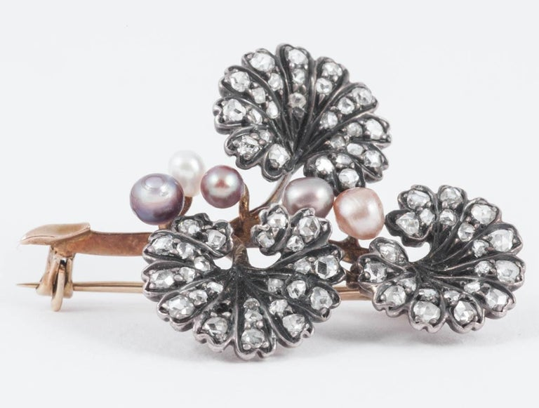 Victorian Rose Diamond and Natural Colored Pearl Spring Brooch In Good Condition For Sale In London, London