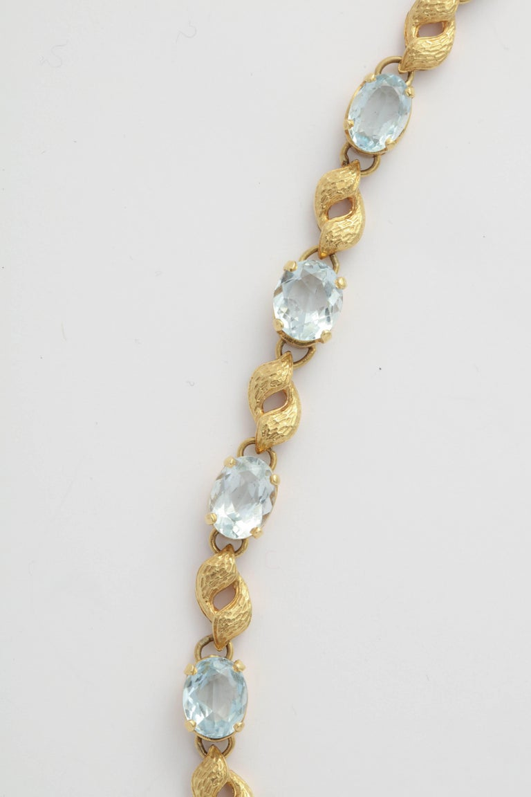 866079285 Romantic Alternating Floral Gold Leaf and Faceted Aquamarine Necklace For  Sale