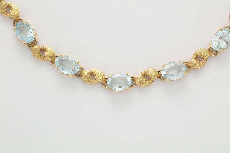 6d09ace46 Alternating Floral Gold Leaf and Faceted Aquamarine Necklace In Excellent  Condition For Sale In New York
