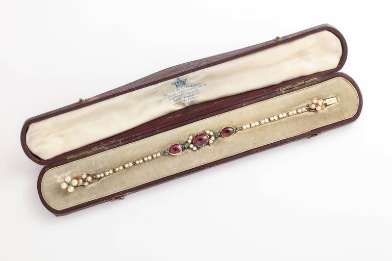 Women's Victorian Hunt and Roskell Garnet Emerald Seed Pearl Bracelet Original Box For Sale