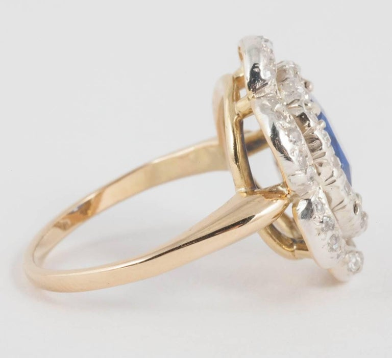 Art Deco Natural Ceylon Sapphire and Diamond Ring For Sale