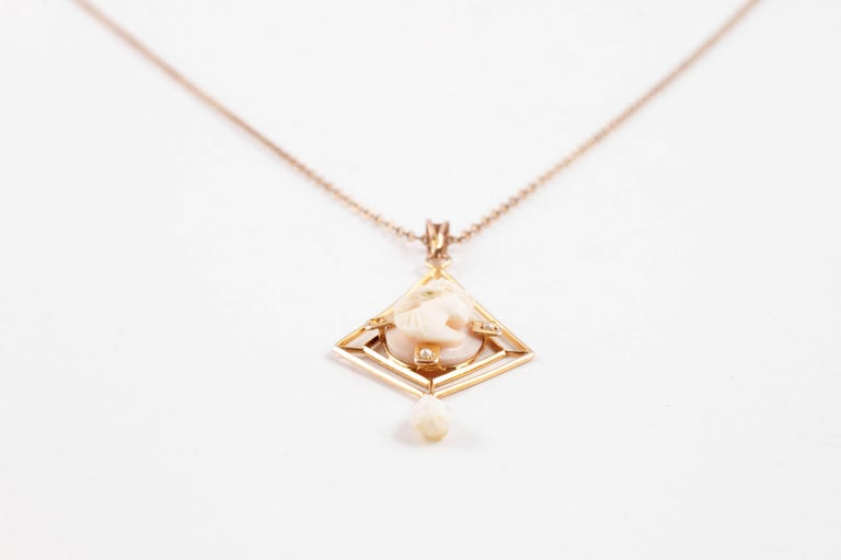 Yellow Gold Cameo Freshwater Pearl Lavalier Necklace, circa 1900 For Sale 1