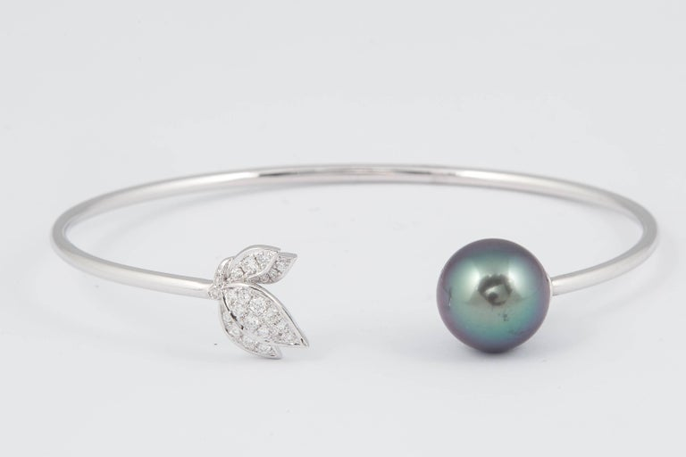 Contemporary Tahitian Pearl Diamond Leaf Shape Bangle Bracelet 0.22 Carats 18K White Gold  For Sale