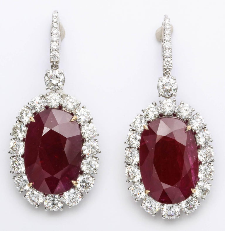 33 Carat GIA Certified Ruby and Diamond Earrings In New Condition For Sale In New York, NY