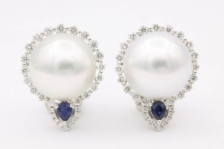 18 K White gold South Sea Pearl 13-14 mm Diamonds 1.05 Carats Sapphire 0.33 Carats