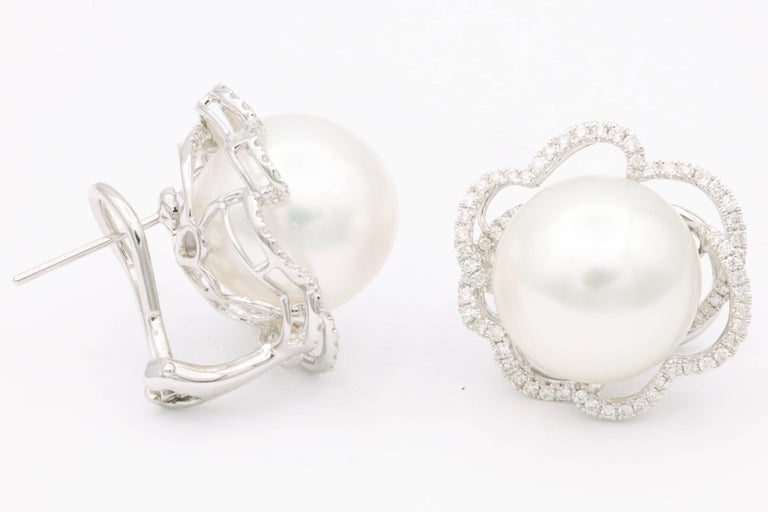 South Sea Pearl Diamond Floral Halo Earrings 0.60 Carats 18K In New Condition For Sale In New York, NY