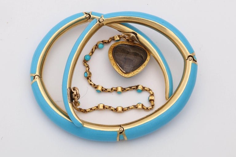 1890s Turquoise Enamel with Pearl and Turquoise Gold Wrap Around Bangle Bracelet In Good Condition For Sale In New York, NY