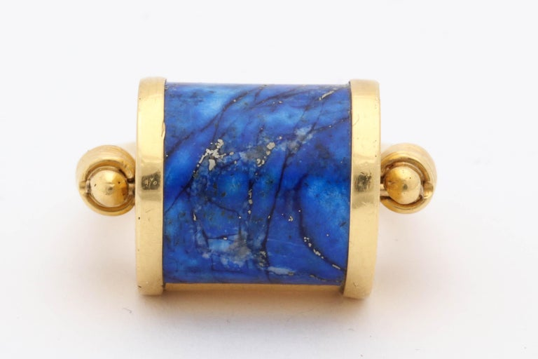 Women's or Men's 1980s Cellini Padlock Design Reversible Lapis Lazuli and Gold Rolltop Ring For Sale
