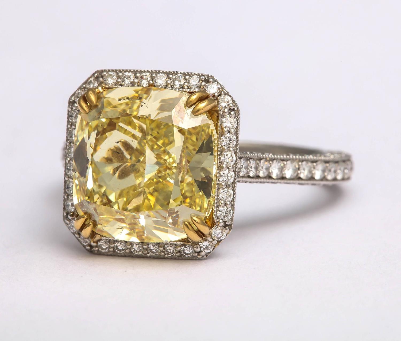 Impressive Fancy Intense GIA Cert Yellow Diamond Gold ...