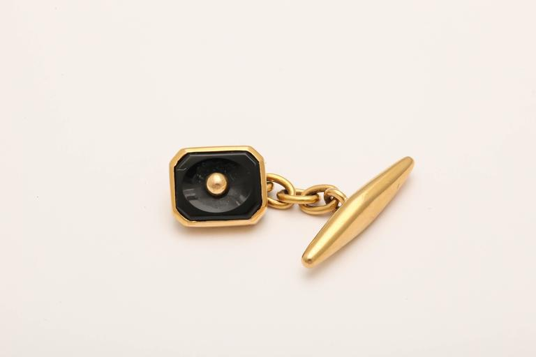Women's or Men's 1950s Pair of Portuguese Onyx Gold Cufflinks For Sale