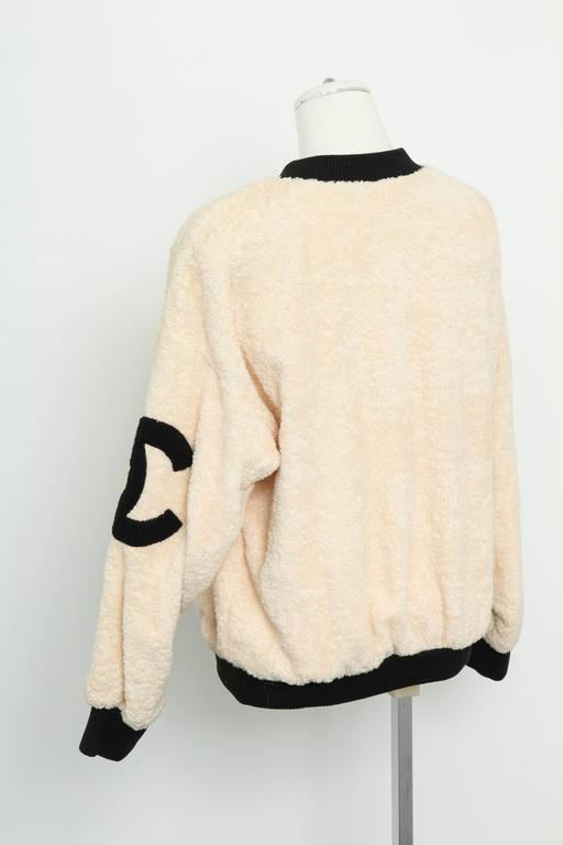 Vintage Chanel Sweat Shirt Sweater with Iconic CC  4