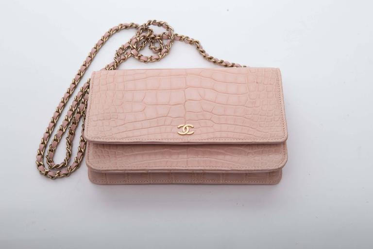 Women's Chanel Wallet on a Chain in Blush Pink Alligator For Sale