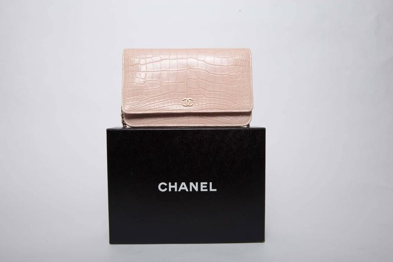 Chanel Wallet on a Chain in Blush Pink Alligator For Sale 3