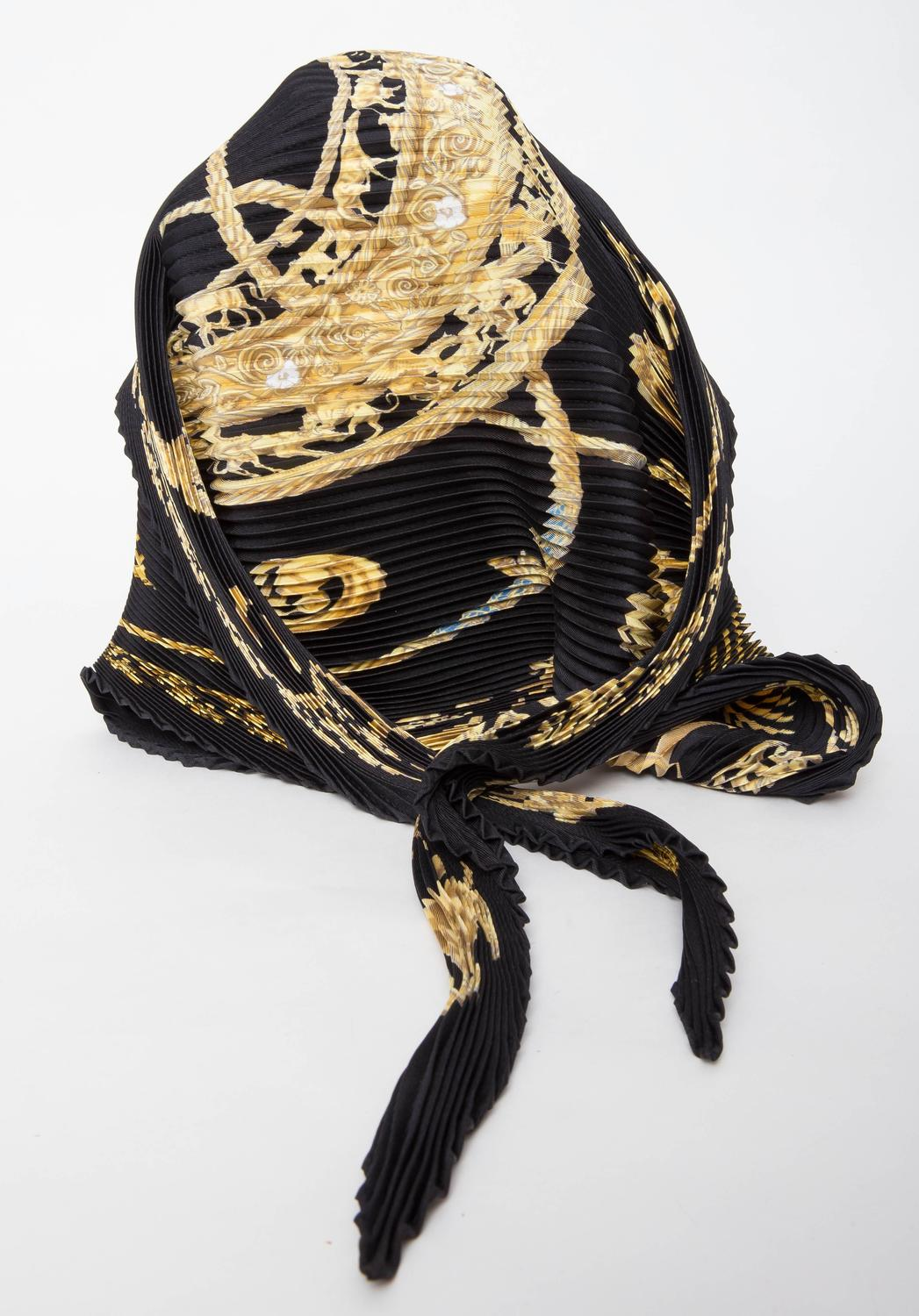 herm 232 s les cavaliers d or silk plisse scarf at 1stdibs