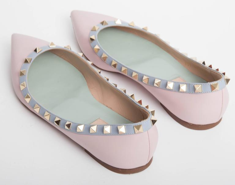 Valentino Rockstud Leather Ballet Flats in Blush EU 371/2. 4