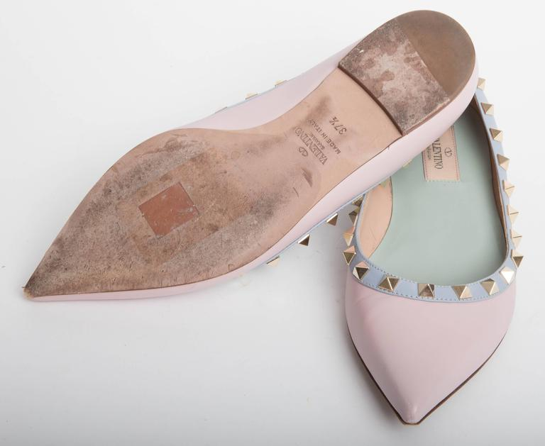 Valentino Rockstud Leather Ballet Flats in Blush EU 371/2. 7