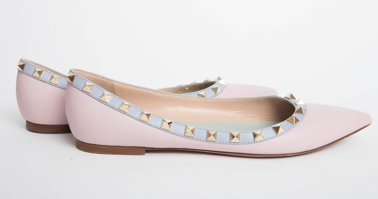 Valentino Rockstud Leather Ballet Flats in Blush EU 371/2. 8
