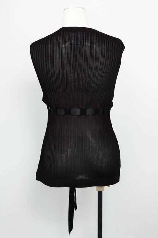Chanel Black Sleeveless Knit Top with Bow For Sale 3