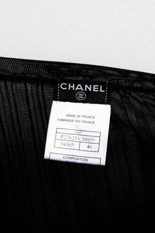 Chanel Black Sleeveless Knit Top with Bow For Sale 5
