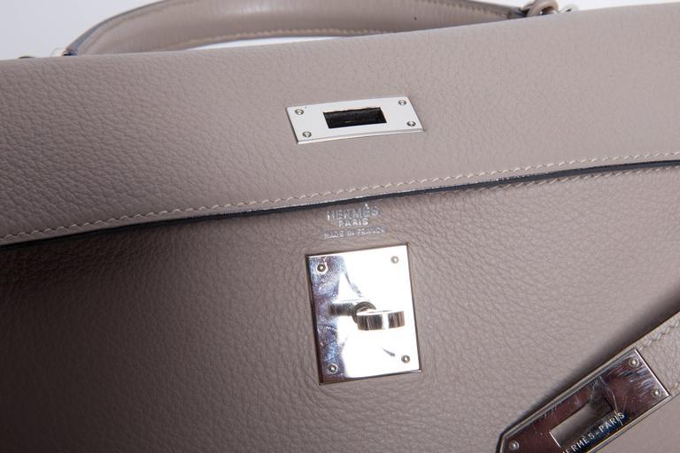 Hermes Etoupe Clemence Leather Palladium Hardware Kelly Bag For Sale 3