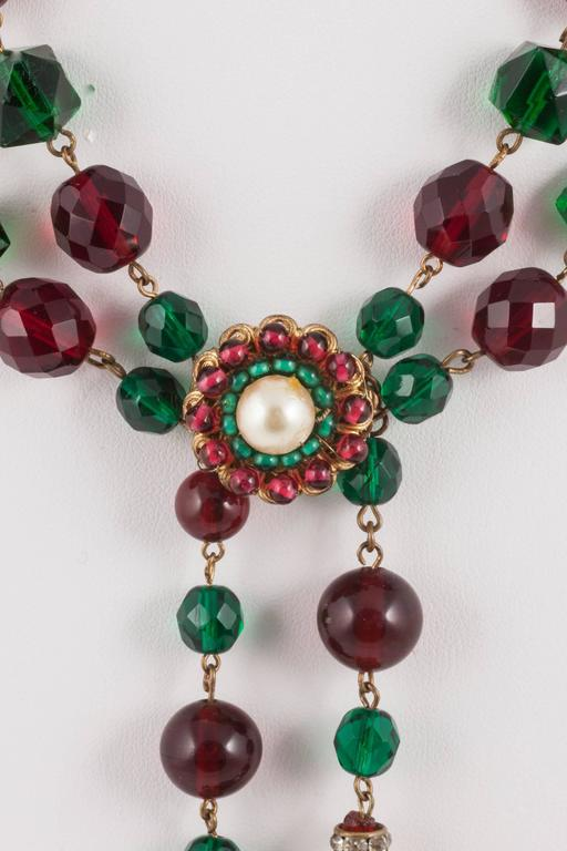 Wonderful, stylish and beautifully made double tassle/sautoir necklace in both round and faceted beads, pearls and paste rondelles. Highly typical of the Chanel style by Maison Gripoix from the 1930s, very wearable and highly collectable, in a