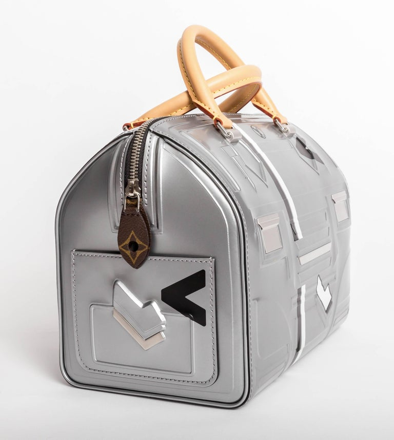 Louis Vuitton Limited Edition Space Silver Leather Speedy 25 - 2017 3