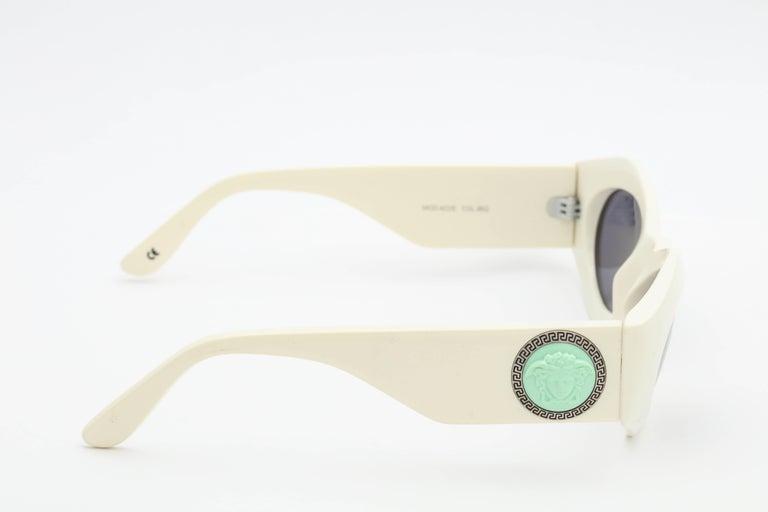 b36d2df614 Vintage Gianni Versace Sunglasses Mod 422 E Col 85G at 1stdibs