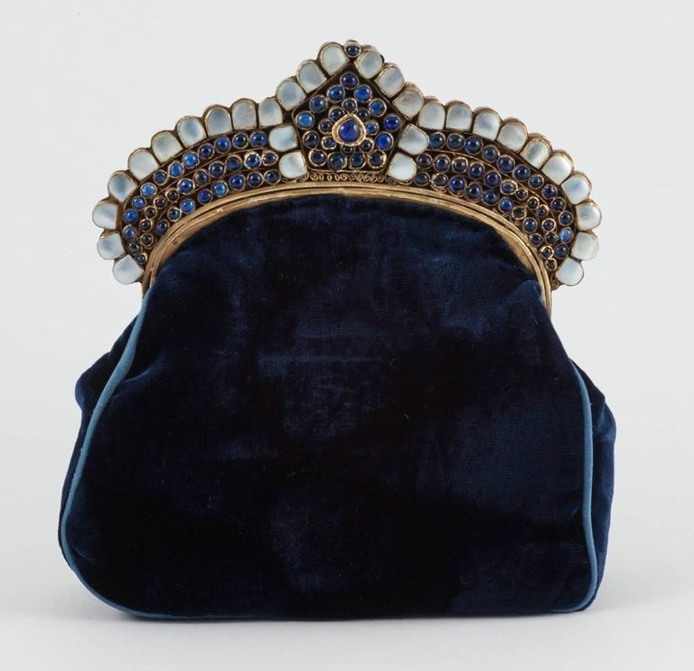 Silk velvet Moghul style clutch bag, 1920s, In Excellent Condition For Sale In London, GB