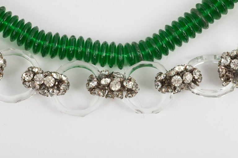 Emerald green glass and paste necklace, French 1920s For Sale 1