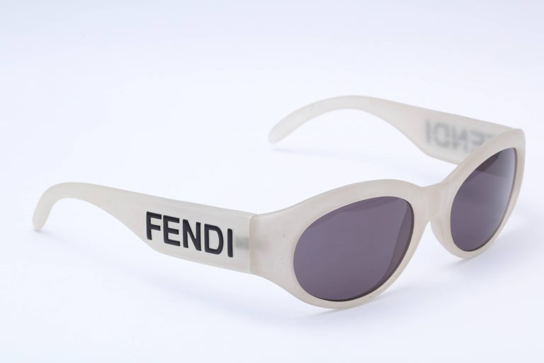 4b26550973a01 Women s or Men s Vintage Fendi Logo Sunglasses For Sale