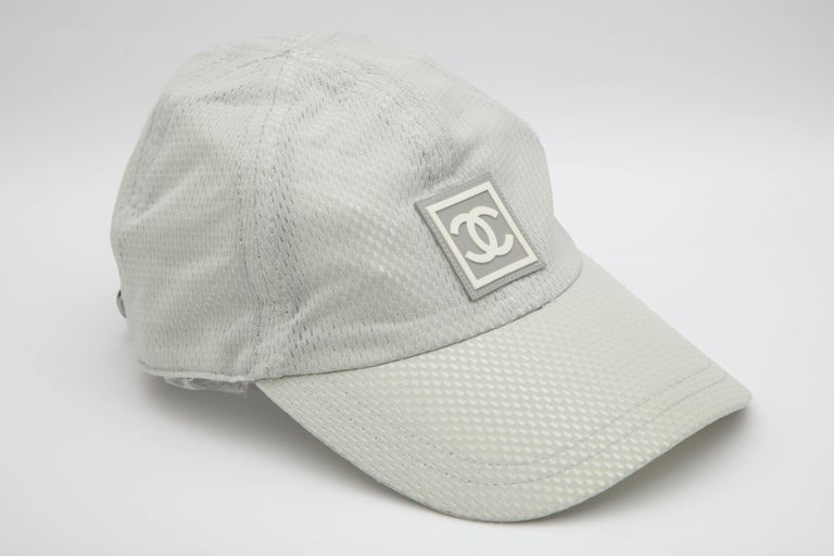 Very rare Chanel Sport gray cap with CC logo.  Size: S