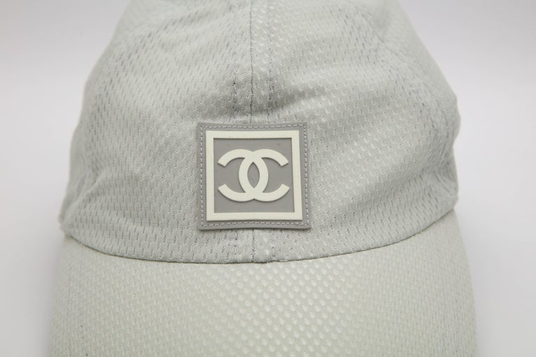 Chanel Sport Rare Gray Cap with CC Logo In Excellent Condition For Sale In Chicago, IL