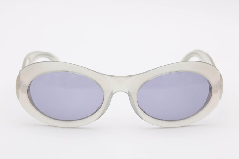 Vintage Gucci Sunglasses In Excellent Condition For Sale In New York, NY