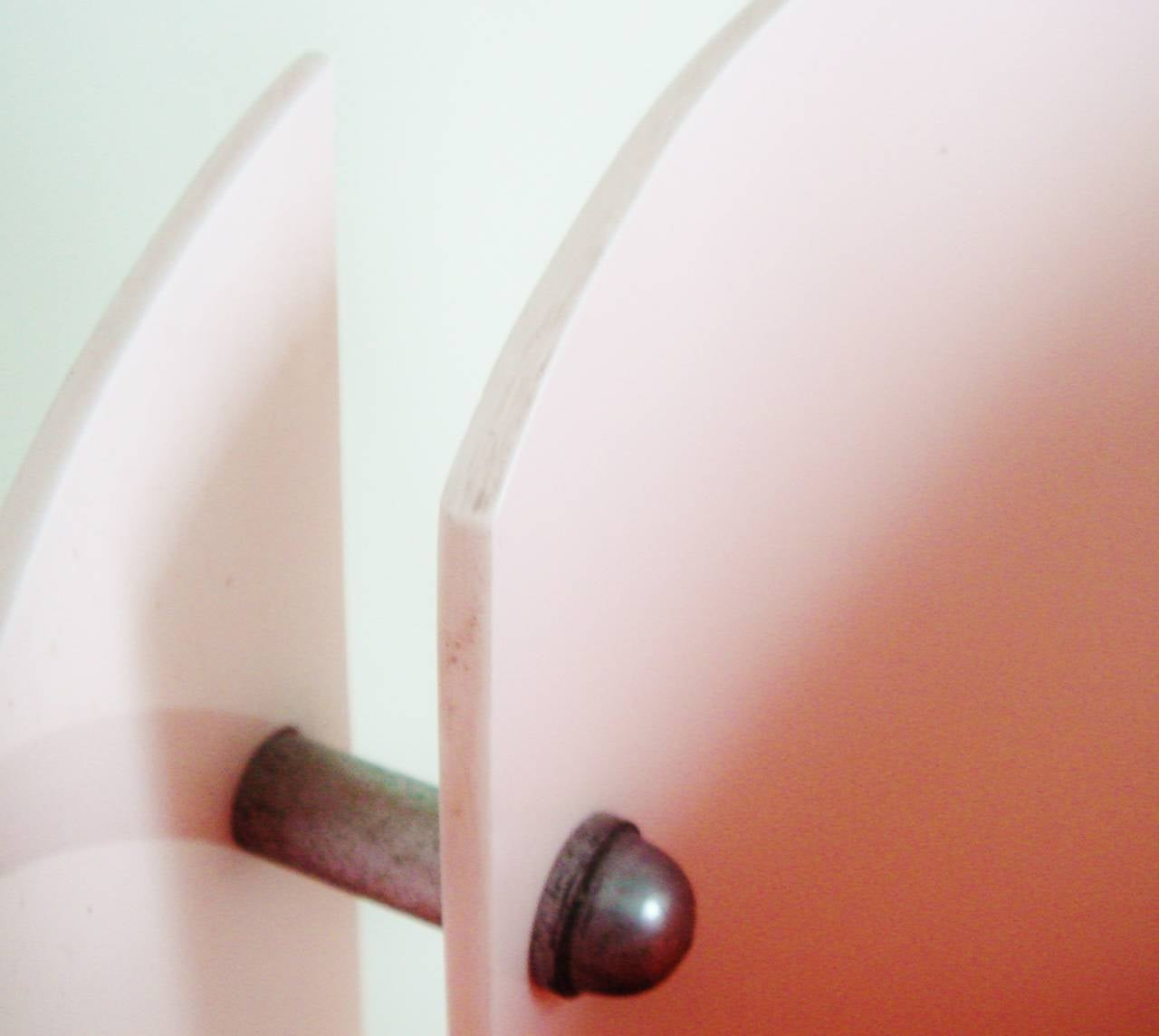 Stunning British Art Deco or Moderne Pink Lucite and Black Enamel Accent Lamp 5