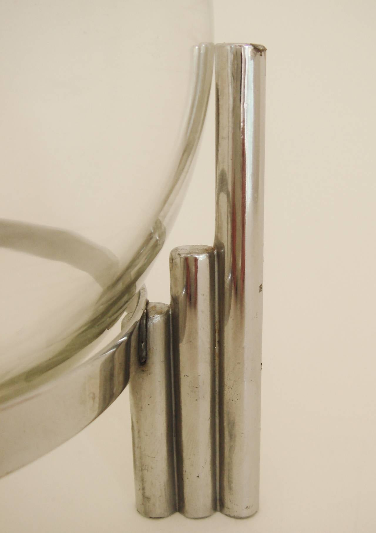 American Art Deco Chrome, Indestructo Plate and Glass Rose Bowl by Benedict In Good Condition For Sale In Port Hope, ON