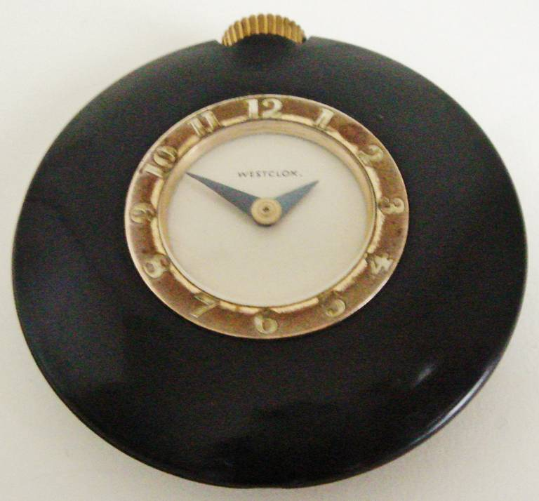 Set of Three American Art Deco Bakelite Purse Watches by Westclox. For Sale 3