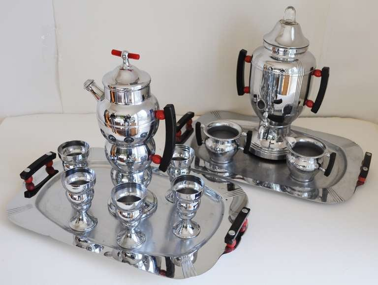 Rare American Art Deco full twelve piece Art Deco cocktail/coffee set. The famous and iconic