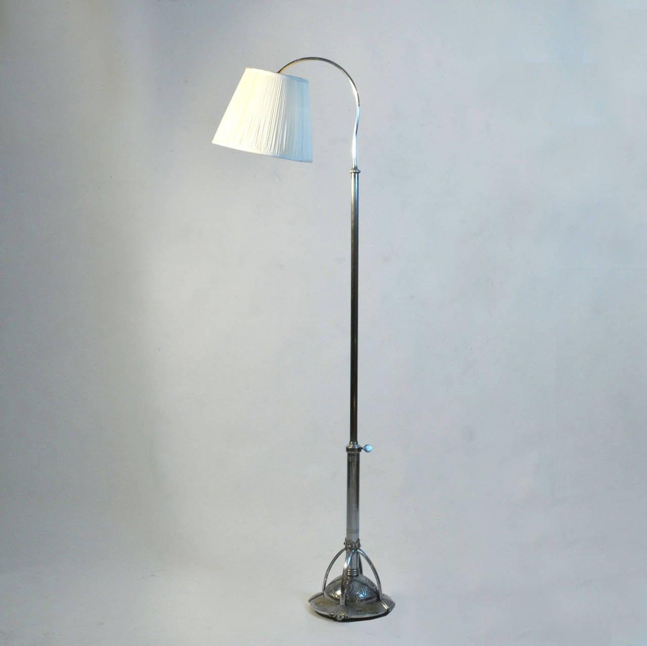 rare art deco floor lamp for sale at 1stdibs. Black Bedroom Furniture Sets. Home Design Ideas