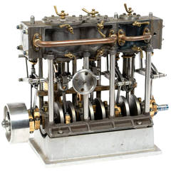 Live Steam Model of a Triple-Expansion Steam Engine