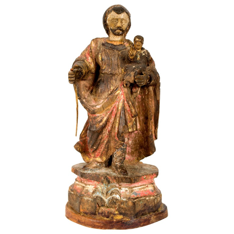 17th-Century Iberian Statue of a Saint For Sale