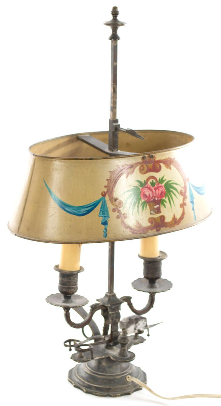 Beaux Arts French Beaux-Arts Bouillotte Lamp with Painted Metal Shade For Sale
