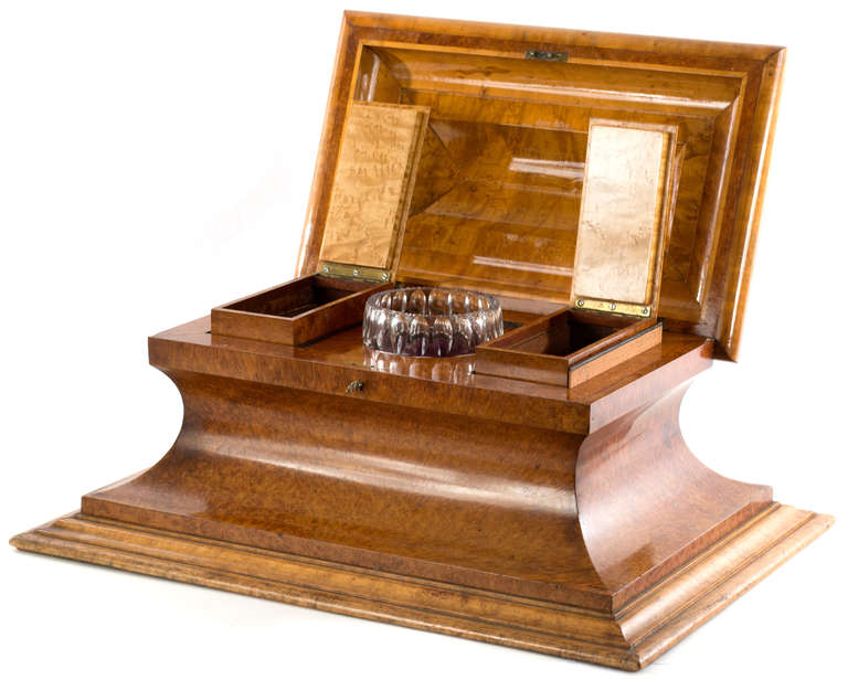 Desk Caddy with Inkwell Veneered in Birds-Eye Maple In Good Condition For Sale In Salt Lake City, UT