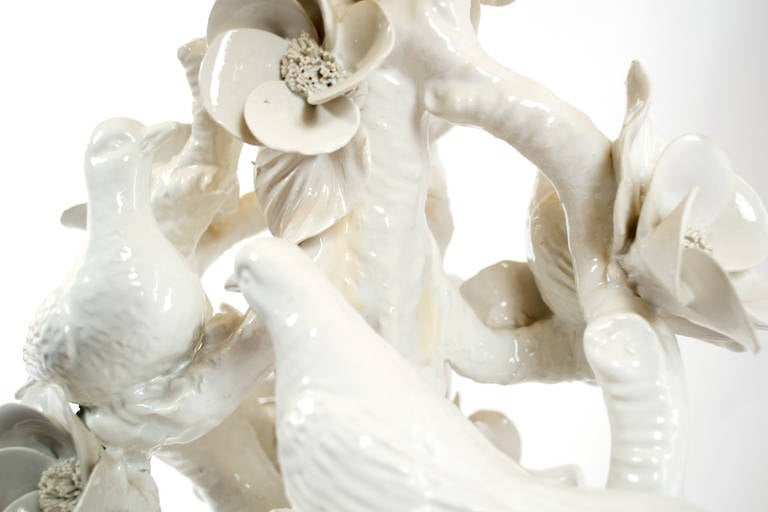 Mid-Century Italian Blonde en Chine Porcelain Table Lamp For Sale 1