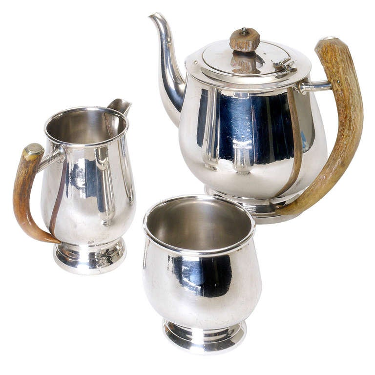 Gentleman's Silver Plate Service with Horn Handle For Sale
