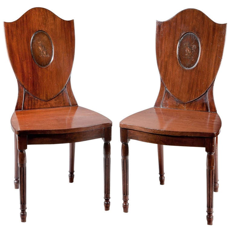 A Pair Of Antique Hepplewhite Hall Chairs At 1stdibs