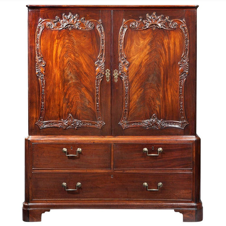 Georgian chippendale carved mahogany cabinet for sale at for Carved kitchen cabinets