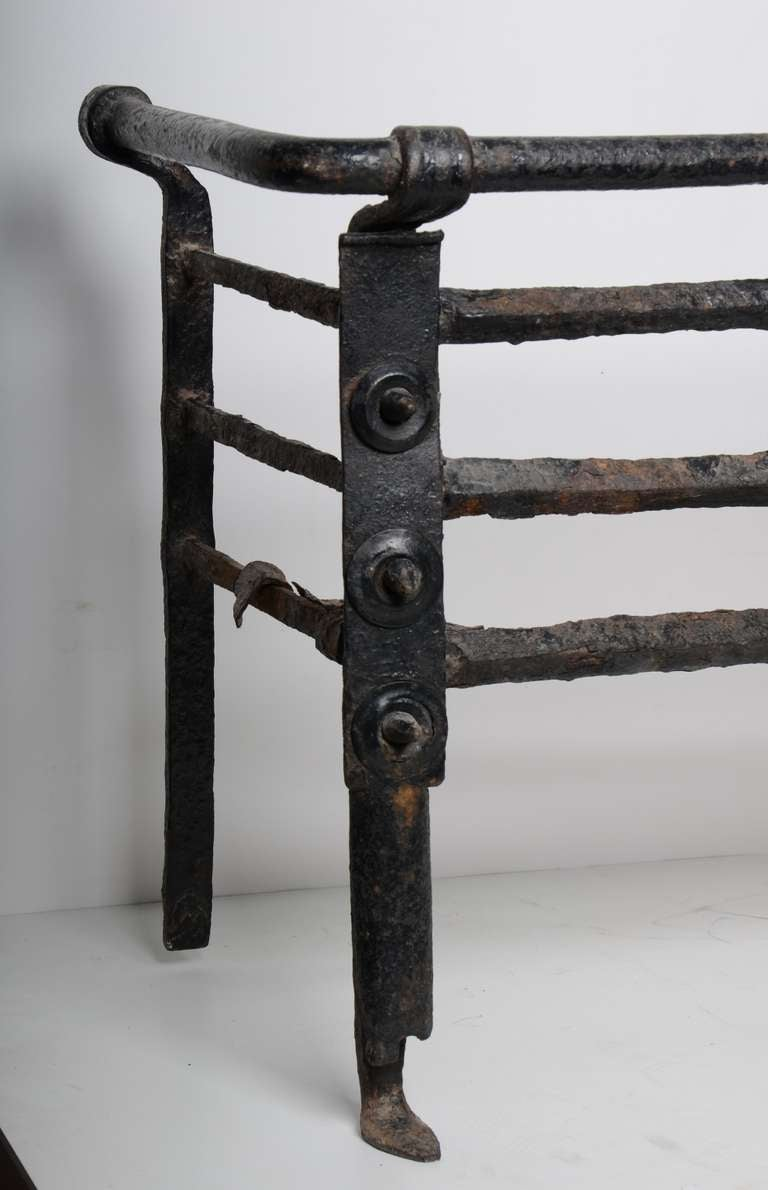 Antique Fire Grate/Bucket, 17th Century Dutch In Fair Condition For Sale In Haarlem, Noord-Holland