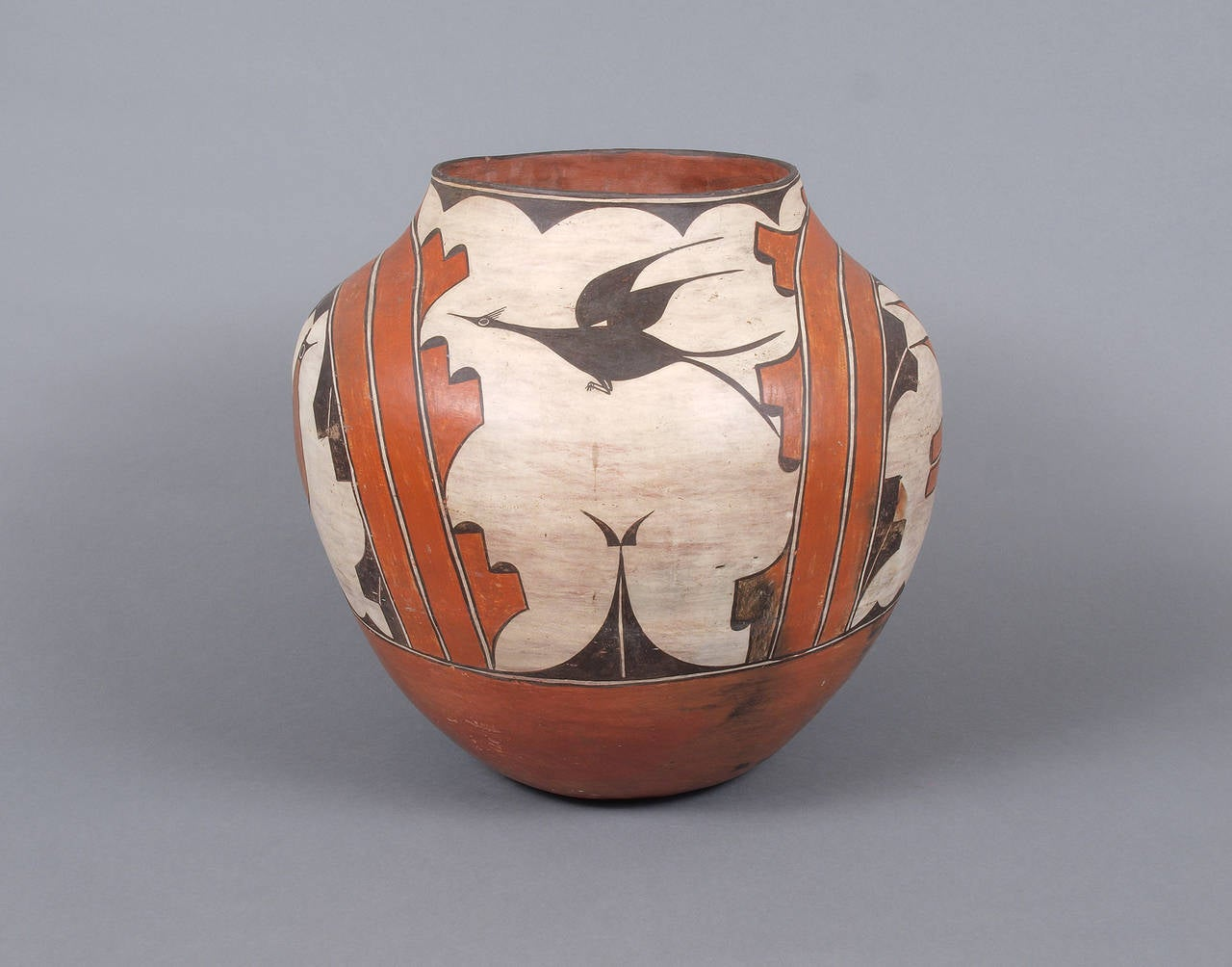 Very Large Pottery Olla, Zia Early 20th Century For Sale ...