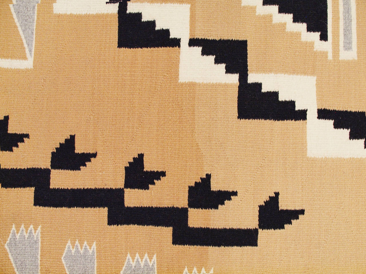 Vintage Navajo Rug, Crystal Trading Post, Mid-20th Century In Excellent Condition For Sale In Denver, CO